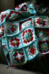 Progress on red-aqua granny blanket