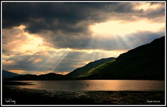 Loch Sun Rays (ralph.stewart) Tags: beautiful canon scotland breathtaking lochlong kartpostal superaplus aplusphoto platinumheartaward worldwidelandscapes breathtakinggoldaward grouptripod bundalloch sailsevenseas breathtakinghalloffame