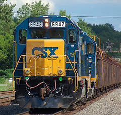 DSC_0012 (firephoto25) Tags: railroad ny d50 nikon trains rochester engines mow locomotives fairport csx 6942
