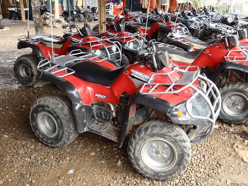 你拍攝的 【μ8000】ATV越野車。