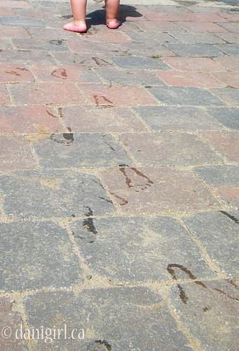 192:365 Footprints