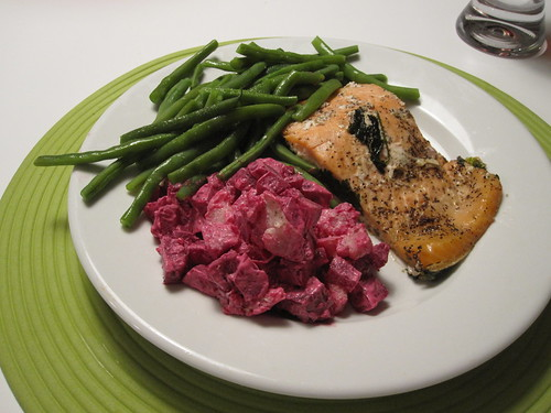 green beans, baked salmon and beet salad