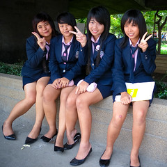 Lat Phrao Students (GB-in-TH) Tags: shop thailand store student uniform asia bangkok candid th krungthep  latphrao   centraldepartmentstore