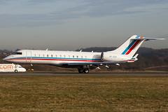 VP-BOK - Private - Bombardier BD-700-1A10 Global Express - Luton - 090311 - Steven Gray - IMG_0908