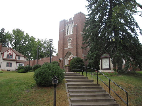 Holy Cross Lutheran Church, Minneapolis, MN
