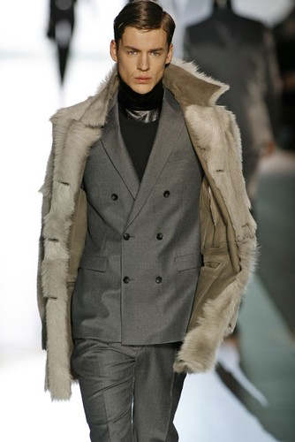 Luiz Afonso Schwab3035_FW09 Berlin JOOP(first VIEW)