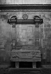 sarcophagus 2 (ogaramfa) Tags: sarcophagus arles alyscamps sainthonorat
