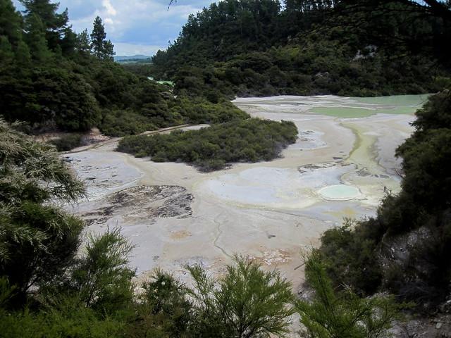 Rotorua 50 - Wai-O-Tapu by Ben Beiske