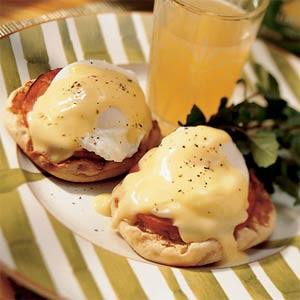 eggs-benedict-su-633450-l