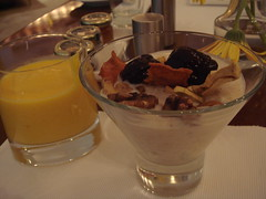 Breakfast 05-20-2009: Mango Lassi & Muesli