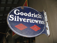Goodrich Silvertowns (twm1340) Tags: arizona sign vintage restaurant antique az tires flagstaff goodrich crackerbarrel silvertowns