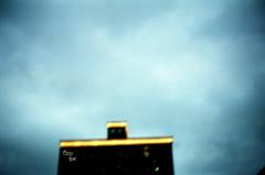 _地獄風光好,魔鬼都笑了。 (eliot.) Tags: film fuji minolta hell hsinchu taiwan devil eliot bac tizzybac himatic7s 彎的音樂 wondermusic 林前源 許哲毓 陳惠婷 如果看見地獄,我就不怕魔鬼
