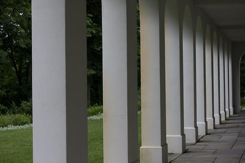 Lilly Garden Columns