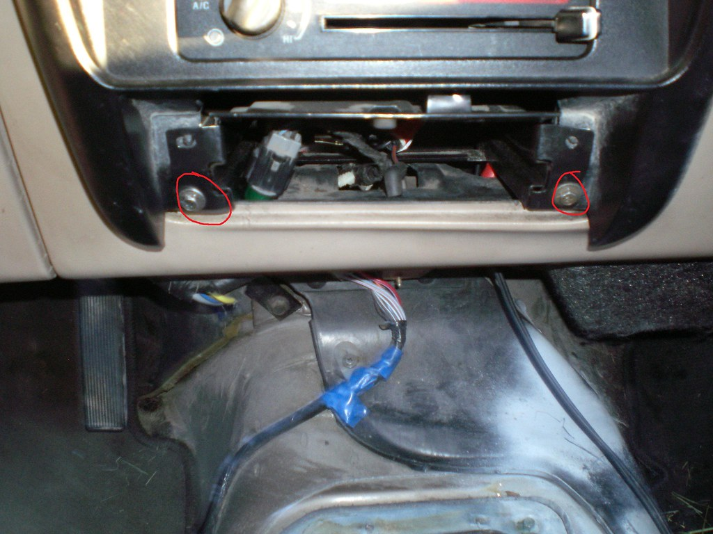 How To Remove 1991 1994 Dash With Lots Of Pics Ford Explorer And Circuit Board Pickup Truck Bronco Interior Instrument Img