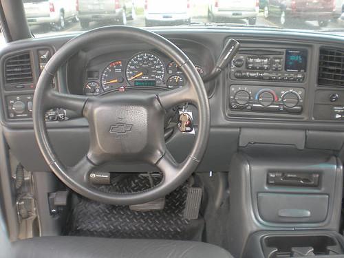 2002 Chevrolet 2500 HD LT Inside $22,991