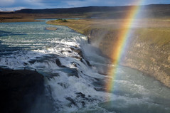Gullfoss, Iceland (Xindaan) Tags: travel light sunset vacation sky holiday color art nature water beauty clouds river circle landscape geotagged island golden licht waterfall iceland islandia rainbow nikon bravo day sonnenuntergang wasserfall dusk head south tripod natur himmel wolken dmmerung nikkor landschaft geysir gullfoss 2009 thingvellir ingvellir sland regenbogen islande manfrotto isl bogen islanda d300 hvita naturesfinest hvt 1685 supershot flickrsbest 460mg abigfave platinumphoto anawesomeshot ultimateshot t