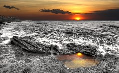 seascape (Kenny Teo (zoompict)) Tags: seascape rock yahoo google wave kennyteo