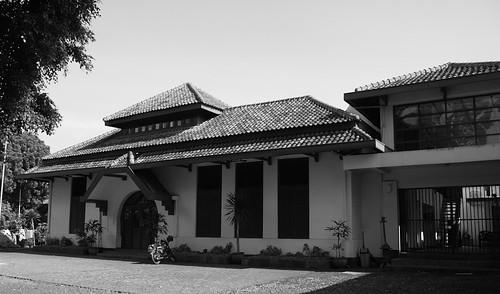 Gedung Indonesia Menggugat - side view