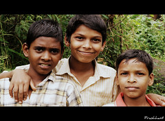 Happy to be clicked (Prashhant) Tags: portrait kids children fort torana sakal