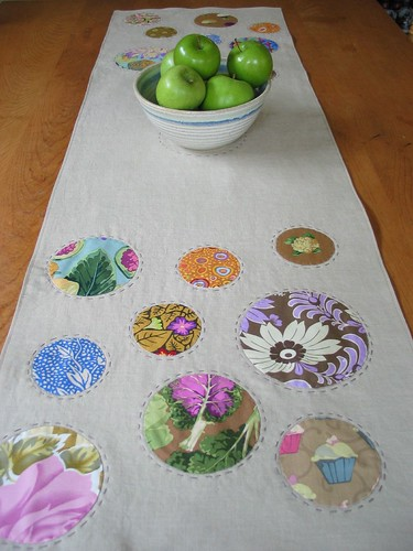 Crop Circle Table Runner