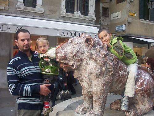 ...al leone...