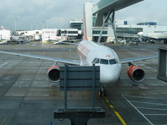 London-Gatwick Airport -LGW- @ 31/10/2009 - No...