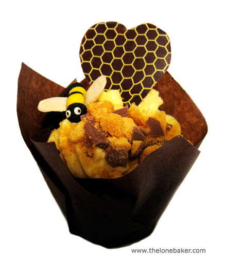 Bee Mine Honey Cupcake