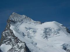 Barre des Ecrins, Dôme des Ecrins (girolame) Tags: mountain snow france alps montagne alpes french des glacier dome neige alpen blanc barre hautes ecrins massif glacierblanc mountainsalps hautesalpes elevation40004500m barredesecrins massifdesecrins domedesecrins 11cialp01 summitbarredesecrins altitude4102m summitdomedesecrins altitude4015m