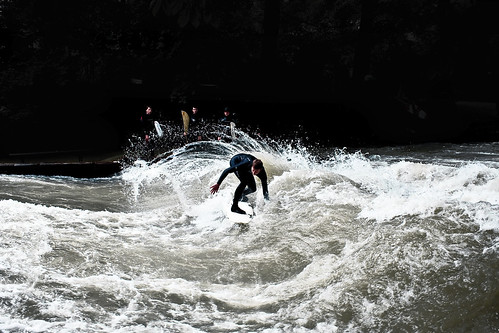 Eisbach cutting by surf_opi.