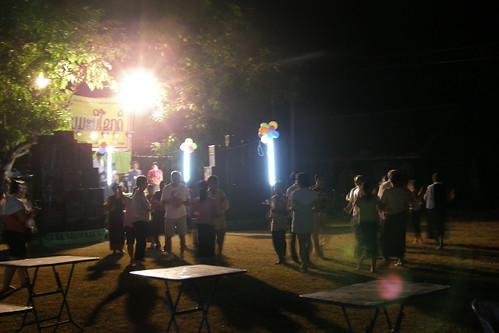 181.Champasak當地的慶典:自然而然的跳起舞來