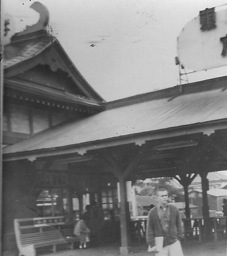 ENOSHIMA, JAPAN TRAIN STATION, MAY 1962