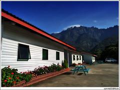 Resort, Kundasang dan Kinabalu (sam4605) Tags: vacation sky building landscape scenery bluesky olympus resort malaysia borneo mountkinabalu e1 sabah kinabalu pemandangan kundasang mesilau ranau zd gunungkinabalu lanskap sabahborneo 1260mm sam4605