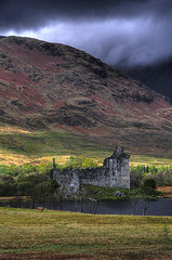 Kilchurn Castle, Scotland (**Anik Messier**) Tags: castle vertical landscape scotland ruins decay argyll picturesque chteau lochawe bute cosse blueribbonwinner kilchurn kilchurncastle supershot anawesomeshot welcomeuk