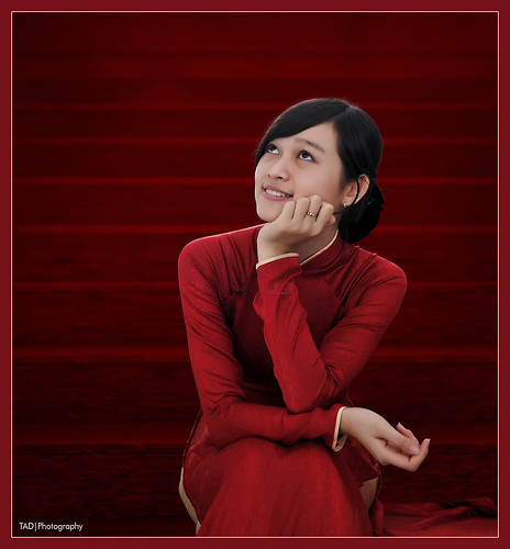 Ao dai Vietnam - Scarlet