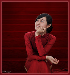 Ao dai Vietnam - Scarlet (TA.D) Tags: red portrait girl beautiful face nikon asia vietnam collection viet dai tad ao hcm saigon hochiminhcity soe oldbuilding nam yunami abigfave chandung aplusphoto d700 infinestyle aodaivietnam platinumheartaward giaotam