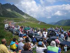 Col de Madeleine crowds