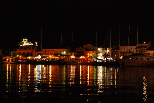 Pythagori  by night