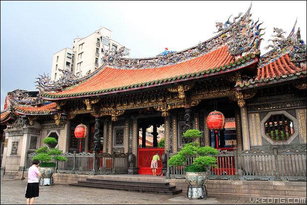 long-shan-temple
