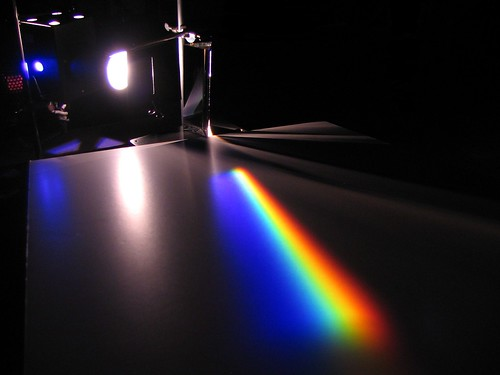 Dispersion by a prism by Alfredo Louro, on Flickr