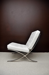 A white Barcelona chair (eston) Tags: barcelona design chair apartment furniture modernism miesvanderrohe bauhaus dwr knoll modernist barcelonachair designwithinreach knollstudio