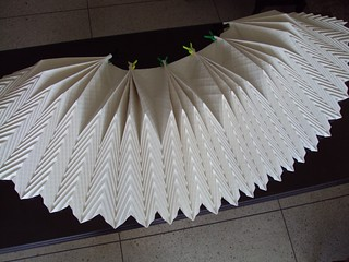 Plegando 5mts de papel -  Folding 16ft paper