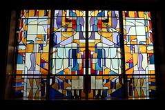 De Bijenkorf, Den Haag (de_buurman) Tags: netherlands architecture geotagged stainedglass denhaag nikkor bijenkorf glasinlood architectuur amsterdamseschool 18200mmf3556gvr allrightsreserved mvisserduker nikond300 debuurman edjansen