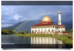 Pelangi Ramadhan (AnNamir c[_]) Tags: photoshop canon kitlens mosque malaysia rainbows dq hdr paragon pelangi 500d mesjid photomatix kualakubu tonemapped imagepoetry kkb specialtouch impressedbeauty huluselangor ampangpecah annamir darulquran hdrawards masjiddq tasikhuffaz dqkkb ramadhankareem salamramadhan capturethefinest worldsartgallery huffazlake flickrunitedaward