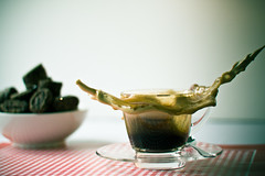 Splash & Crown (dongga BS) Tags: coffee krone drops kaffee crown splash ef50mmf18ii highspeed tropfen frozenmoment canoneos50d