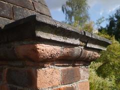 Cornice (Elsie esq.) Tags: brick wall eltham