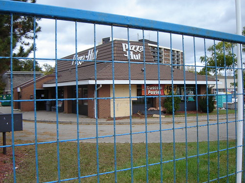 Old School Pizza Hut 01
