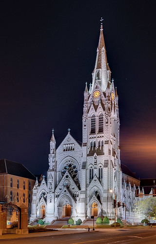Saint Francis Xavier (College) Church, at Saint Louis University, in Saint Louis, Missouri, USA - view at night