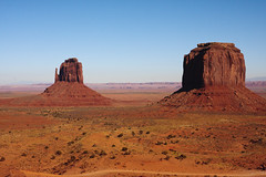 Monument Valley - Arizona (Daniel Jost Photography) Tags: arizona usa monumentvalley canoneos40d tamronaf1750mm28xrdiii