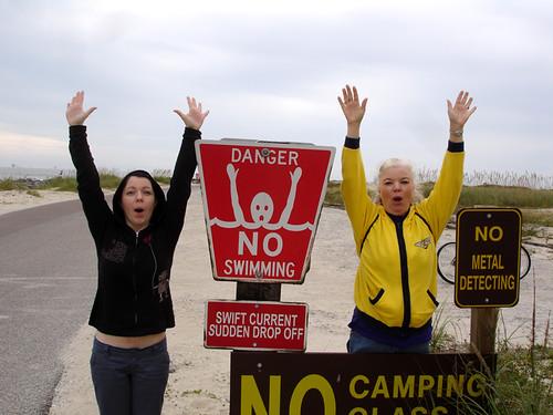 Dauphin Island: No Swimming