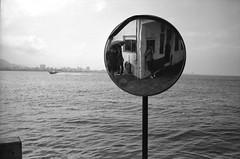 (Laurent Filoche) Tags: self taiwan streetphotography taipei leicam7 danshui notcropped fujineopan4001600 bonzography voigtlnder35mmf14